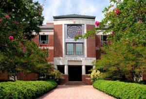 Swem_Library - College of William and Mary